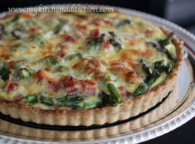 Crustless Ham and Asparagus Quiche with Gruyere and Leeks ...