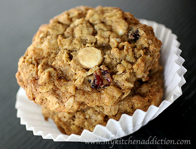 cranberry pretzel cookies jumbles oatmeal cranberry white chocolate ...