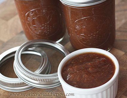 Spiced Peach Butter | my kitchen addiction